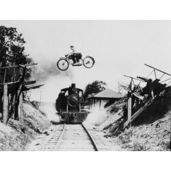 Mural decorativo mota e comboio