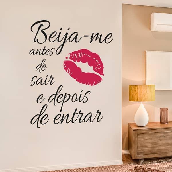 Autocolante beija-me antes de sair